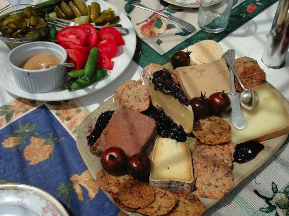 picnic-lunch-pate-rillettes-cheese-pickles-jam