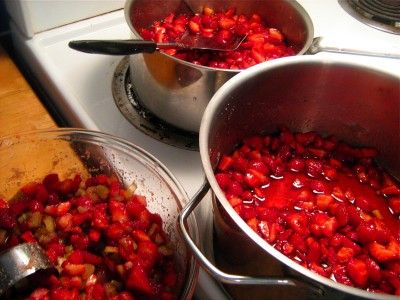 macerating-berries-2