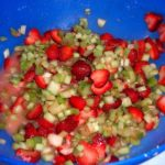 macerating-strawberries-and-rhubarb-pie