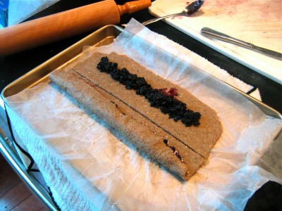 DIY-blueberry-cereal-bars-6