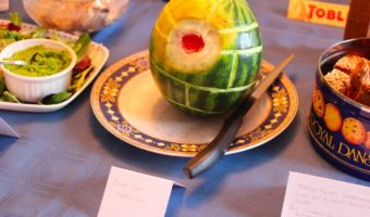 star-wars-christmas-death-star-watermelon