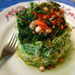 Raw Food Gourmet: Zucchini Noodles with Cilantro Pesto, Carrots and Sprouts