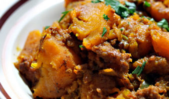 Slow-Cooker Caribbean Chicken with Squash, Chili and Lime