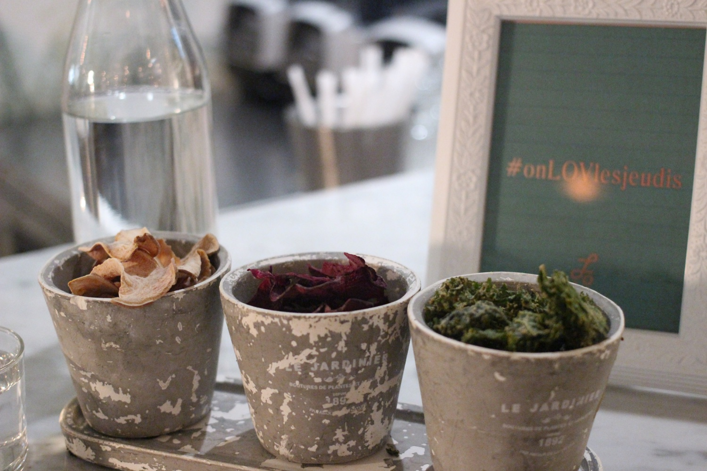 LOV-montagne-dehydrated-kale-beet-parsnip-chips