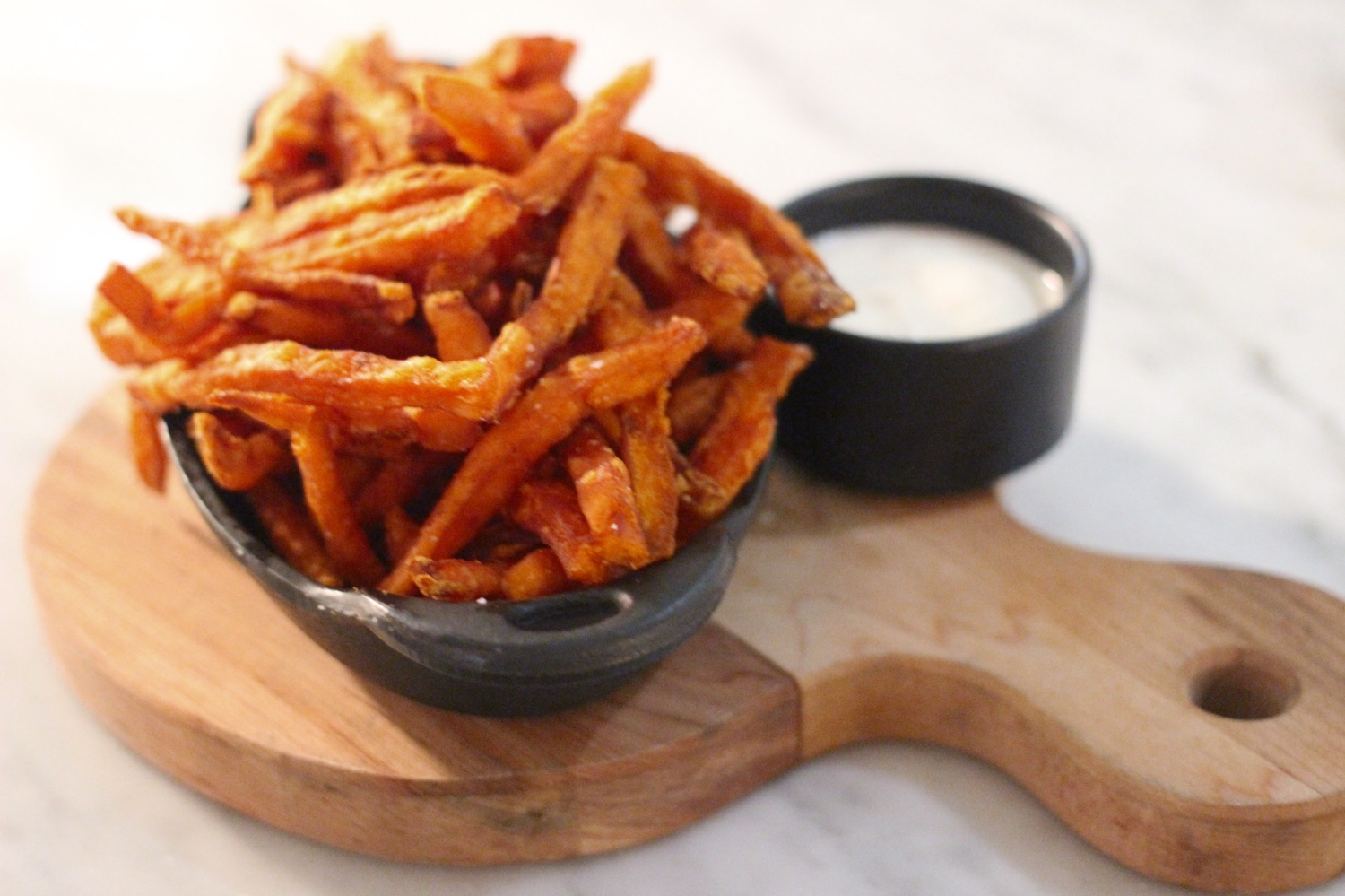 LOV-montagne-sweet-potato-fries-tapioca