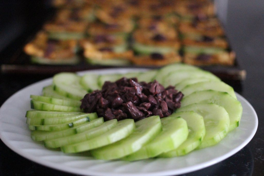 cucumbers-olives-appetizers